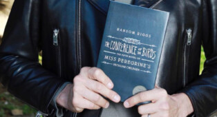 El quinto libro de la saga «Miss Peregrine» se titulará «The Conference of the Birds»